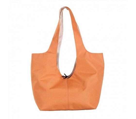 ... táska